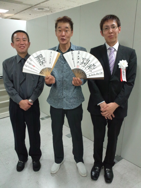 歌手の五十嵐浩晃さんが札幌の将棋まつりに聞き手として特別出演
