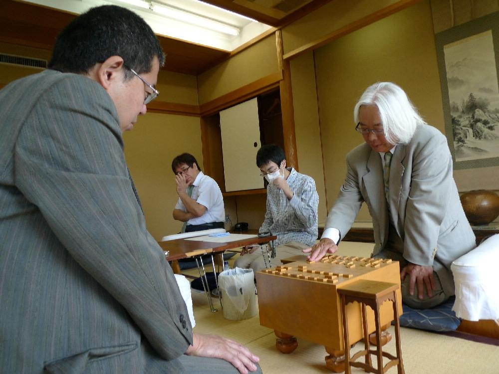 弟子の引退がかかる「運命の対局」となった田丸ー櫛田の師弟戦は櫛田が勝利