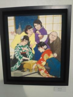 日本画家の荒川由貴さんが開催している将棋棋士の対局姿を描いた個展